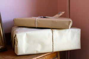 Alternatives to Royal Mail! Save money with postage rates...